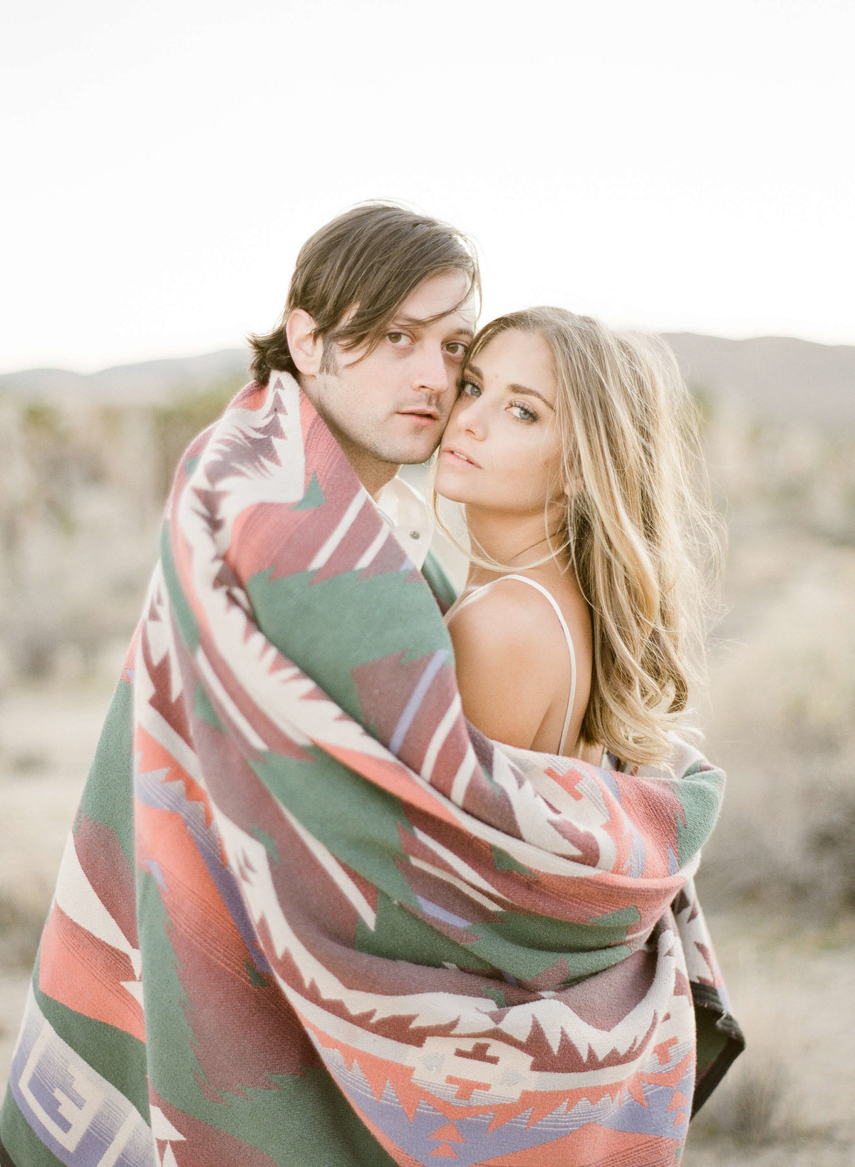 25-KTMerry-engagement-photography-najavo-blanket-Joshua-Tree