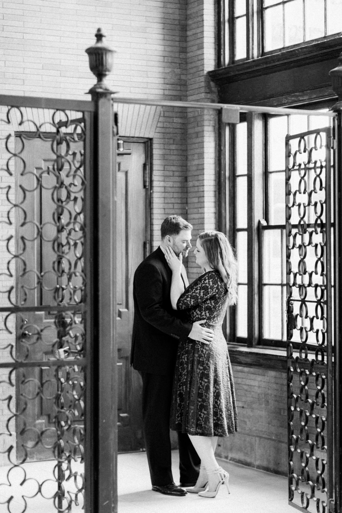 62_classic_indoor_mainstreet_train_station_richmond_engagement_session