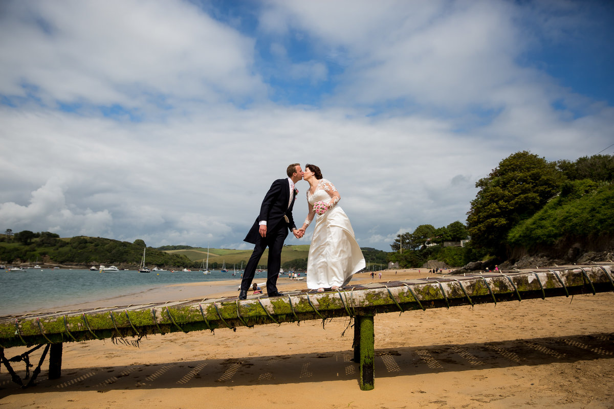wedding photographer in salcombe devon