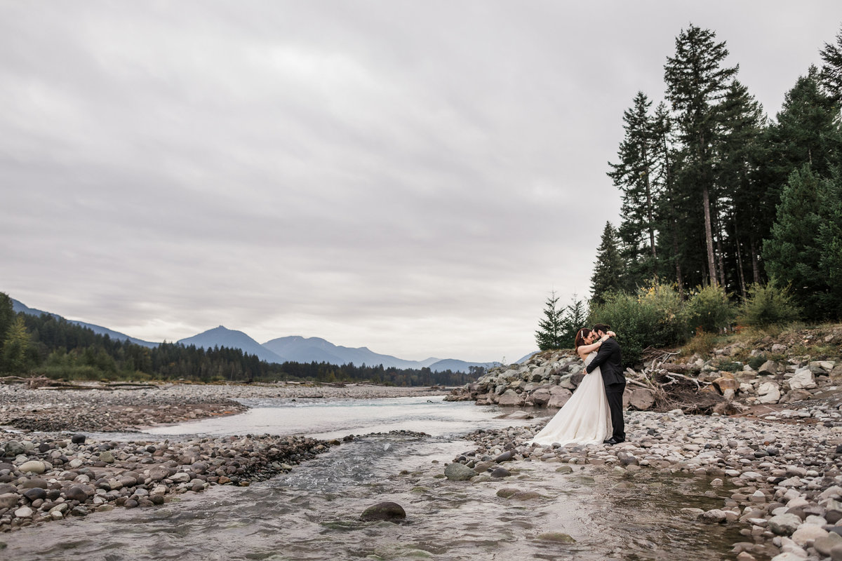 Mount-Rainier-Adventure-Elopement-26
