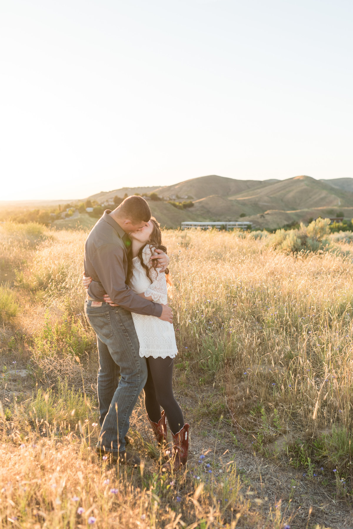 Spring Boise Foothills Engagement Shoot10