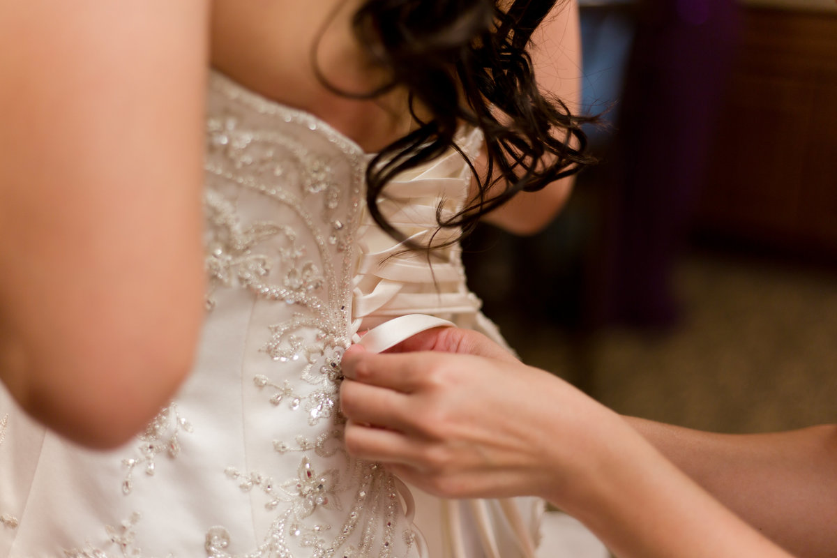 MarbleWedding_GettingReady_JLP-21