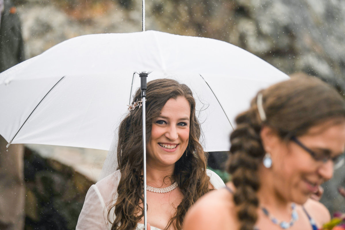 Redway-California-wedding-photographer-Parky's-Pics-Photography-Humboldt-County-Photographer-wedding-rock-rainy-day-wedding-trinidad-ca-1.jpg