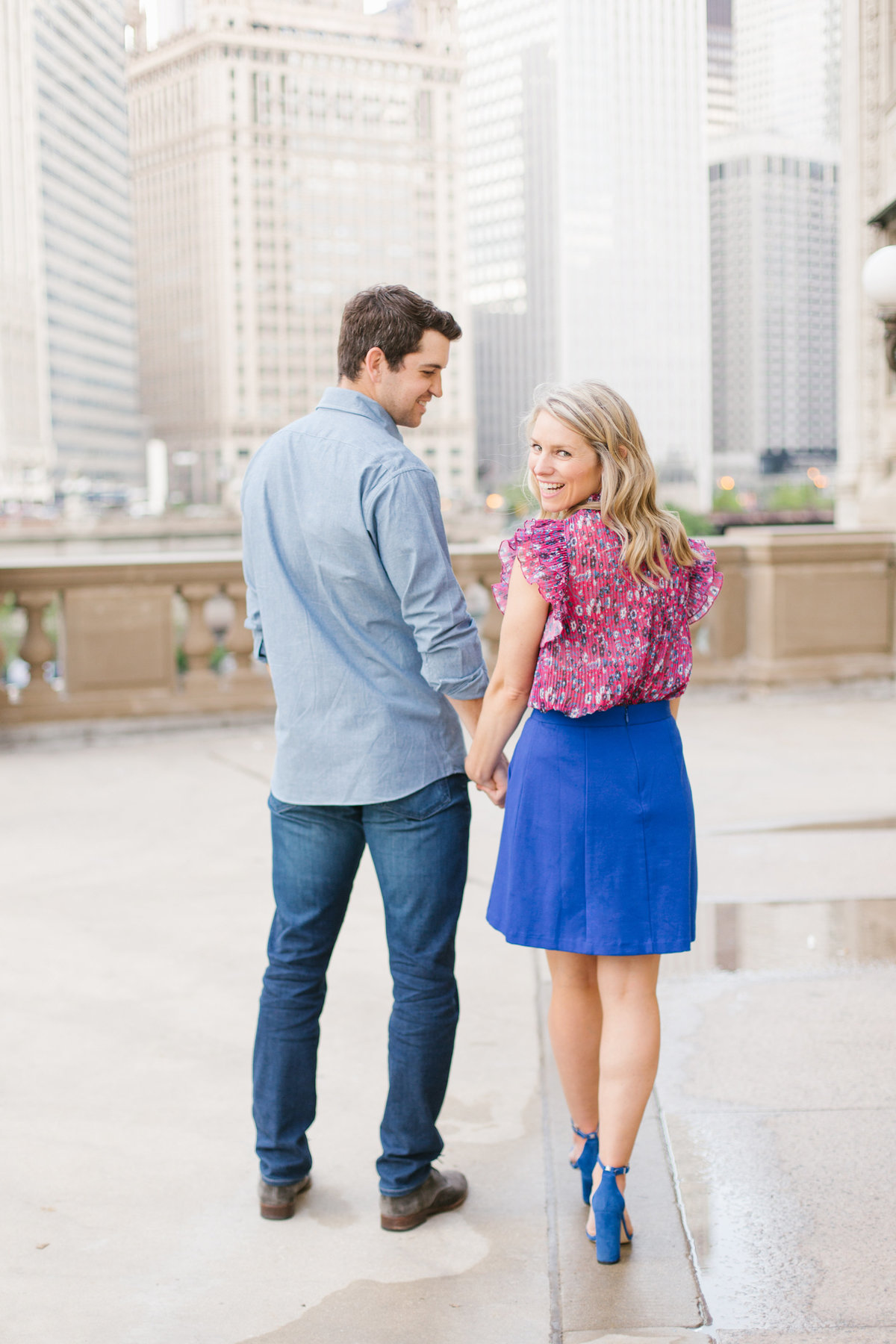 chicago-engagement-photography-wrigley-building-24