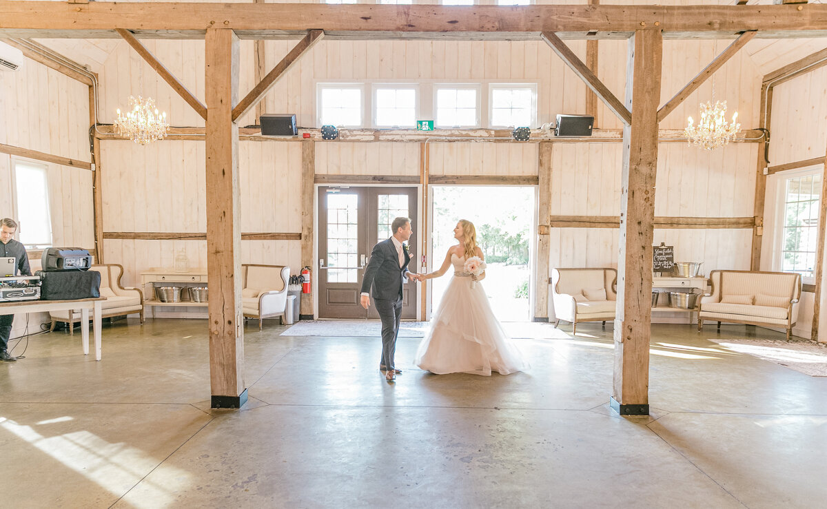 Stonefields-weddings-events-beckwith-wedding-light-airy-grey-loft-studio-75