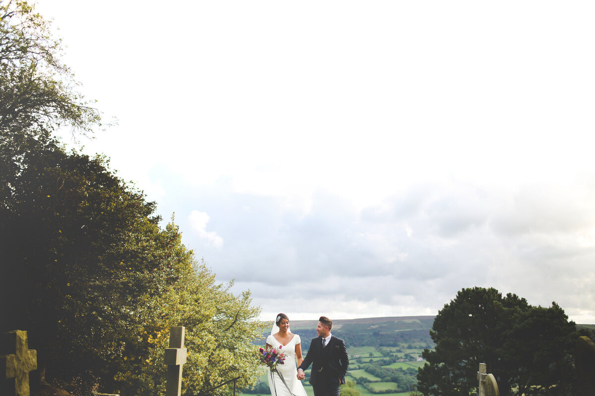 YORKSHIRE-WEDDING-LOTS-OF-LAUGHTER-MARQUEE-AND-CHUCH-0051