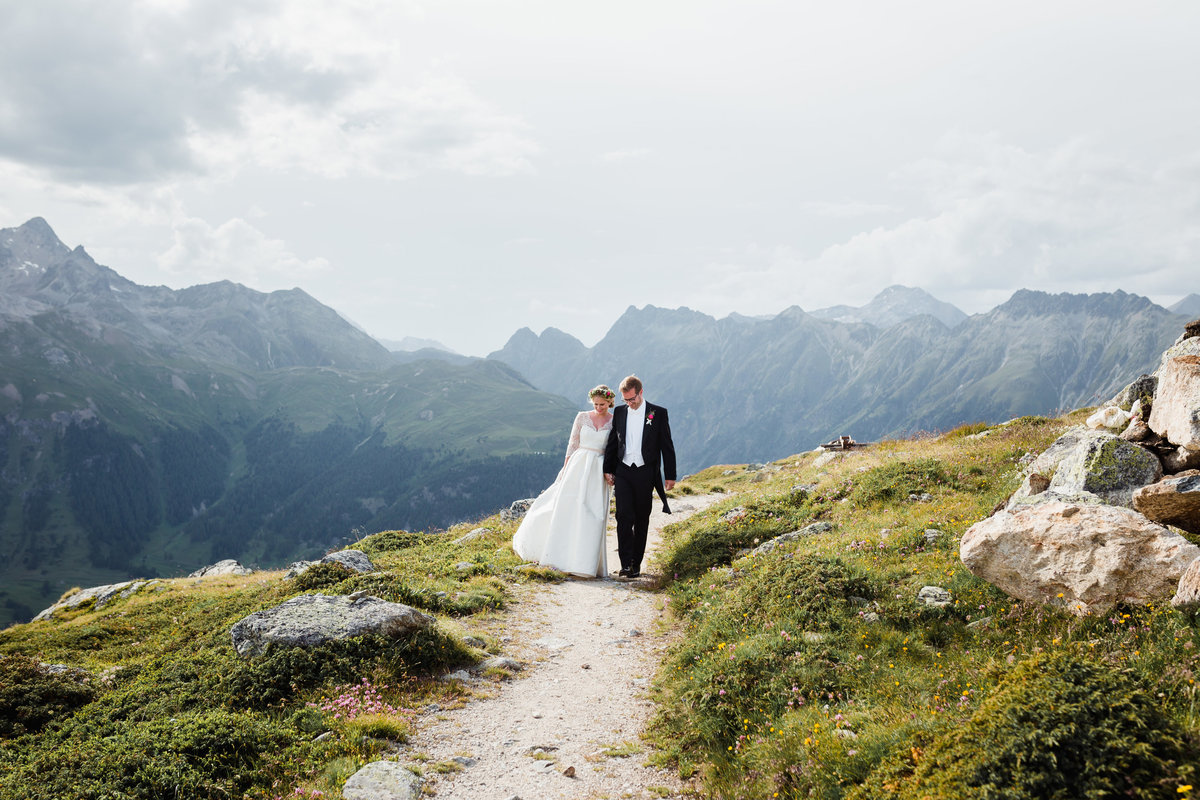 Mountain Wedding Switzerland Stephanie Conradin-39