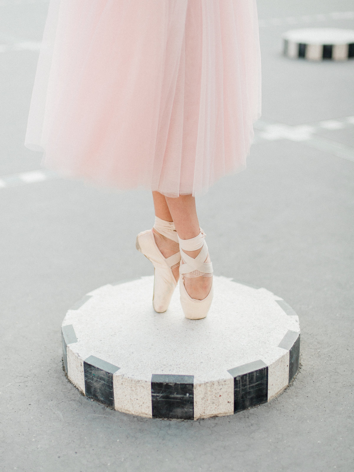ballerina standing on toes in paris