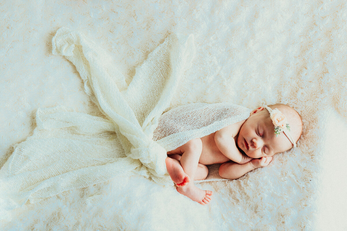 birth-by-crystal-and-lace-photography-savannah-georgia-newborn-portraits-Emerson-8482