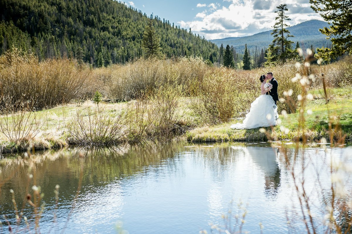 Spring Wedding Beaver Meadows, Red Feather CO-1056