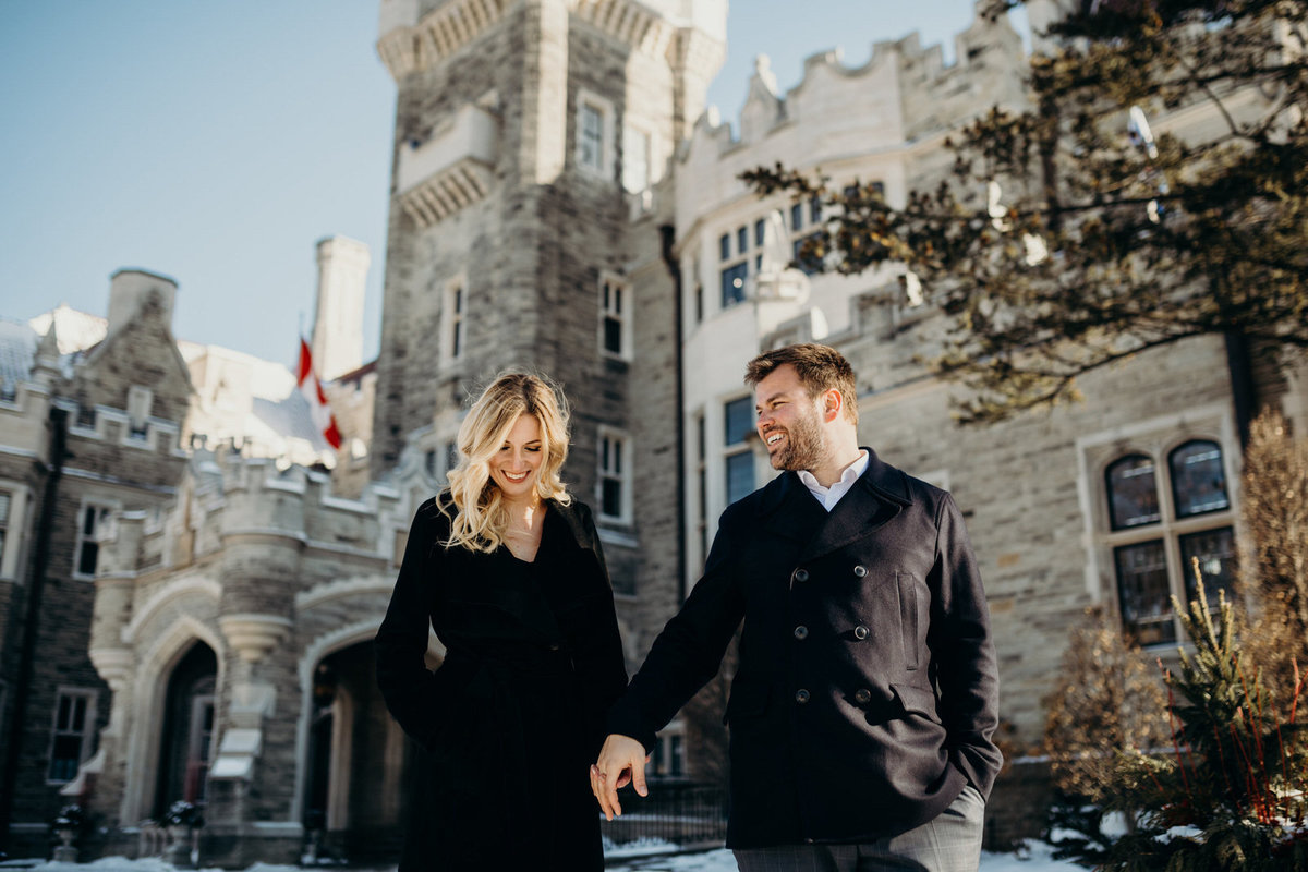 winter-casa-loma-engagement-shoot