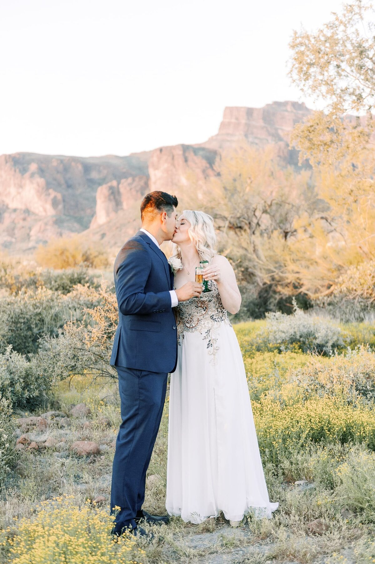 Superstition-Mountain-Elopement-Photos-Phoenix-Arizona-Elopement-Photographer-1049