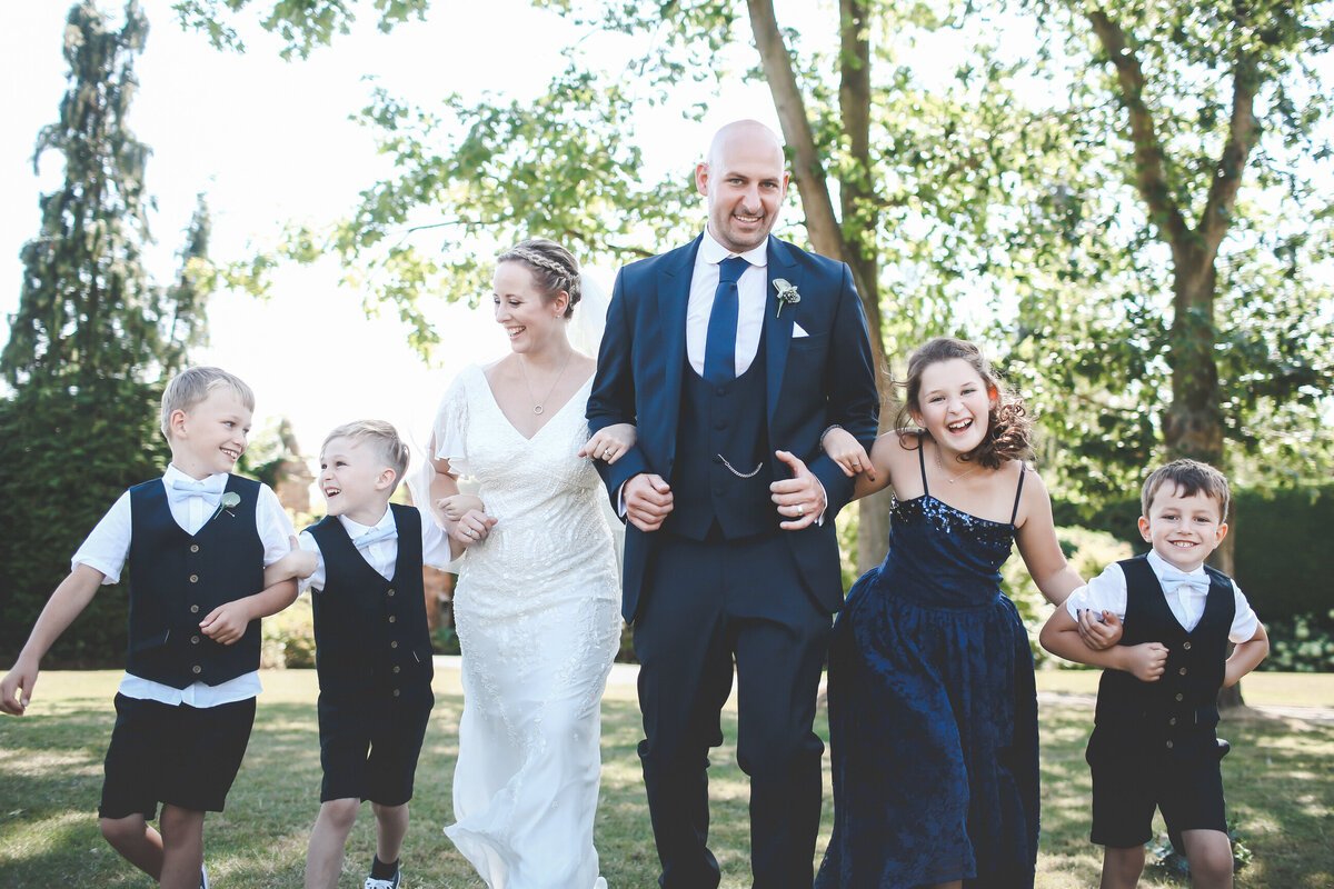 GAYNES-PARK-BARN-WEDDING-ESSEX-0047