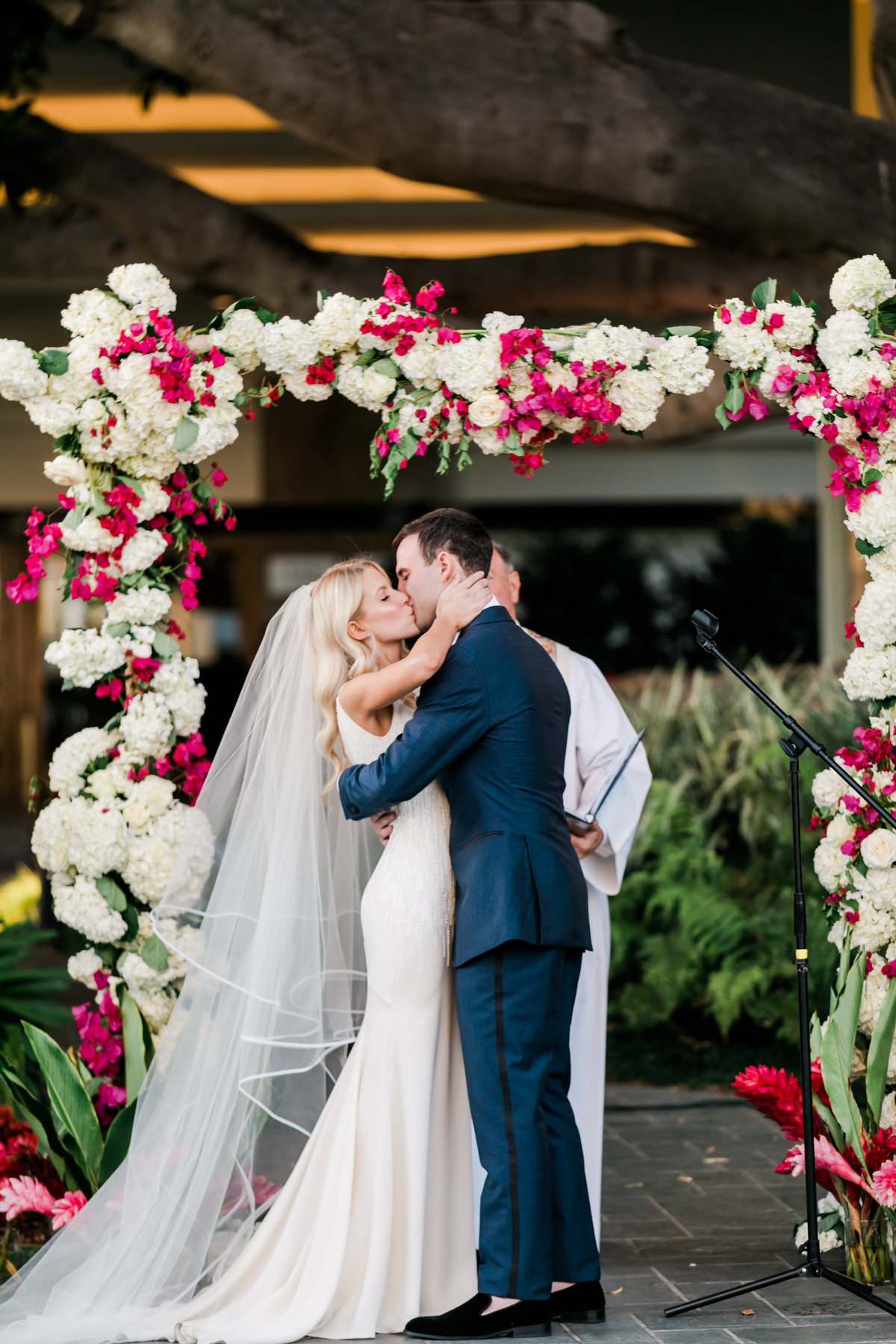 Tropical_Modern_Fairmont_Santa_Monica_Navy_Pink_Wedding_Valorie_Darling_Photography - 84 of 146