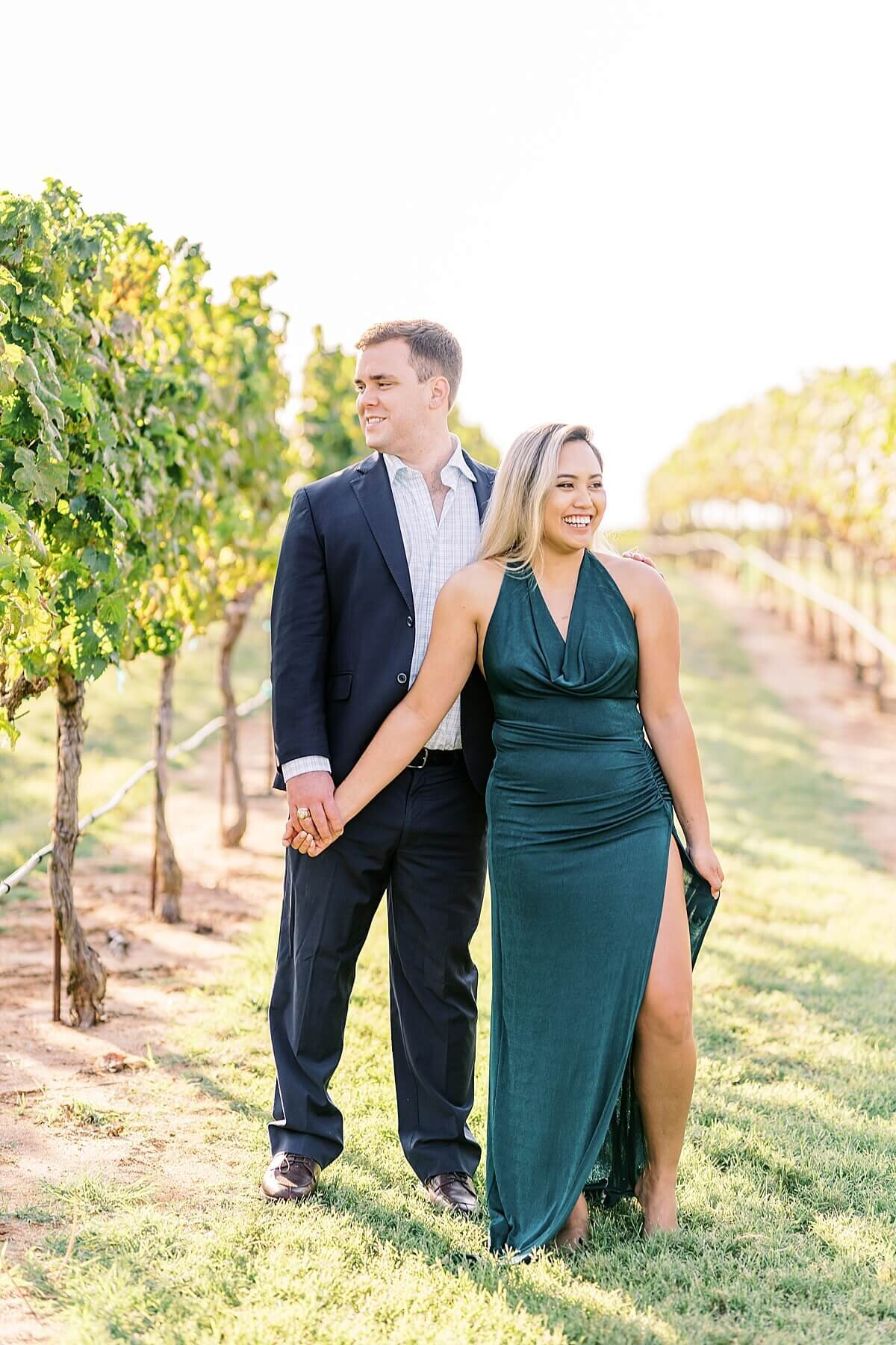Texas-Hill-Country-Vineyard-Engagement-Portrait-Session-Alicia-Yarrish-Photography_0060