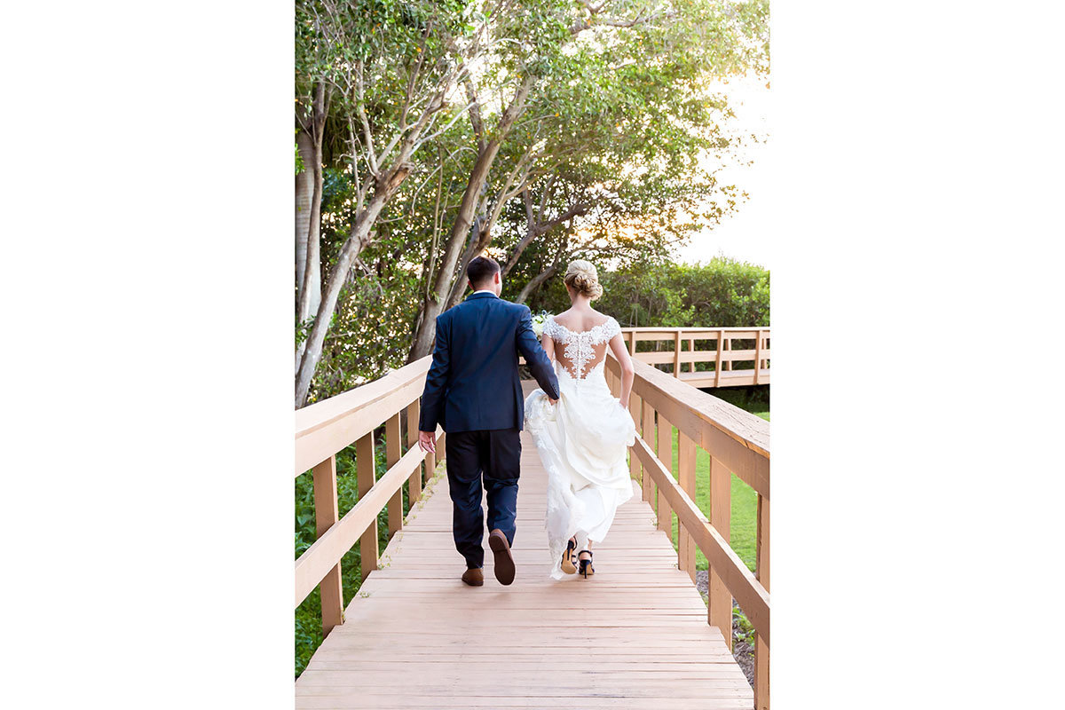 windstar country club wedding photo boardwalk