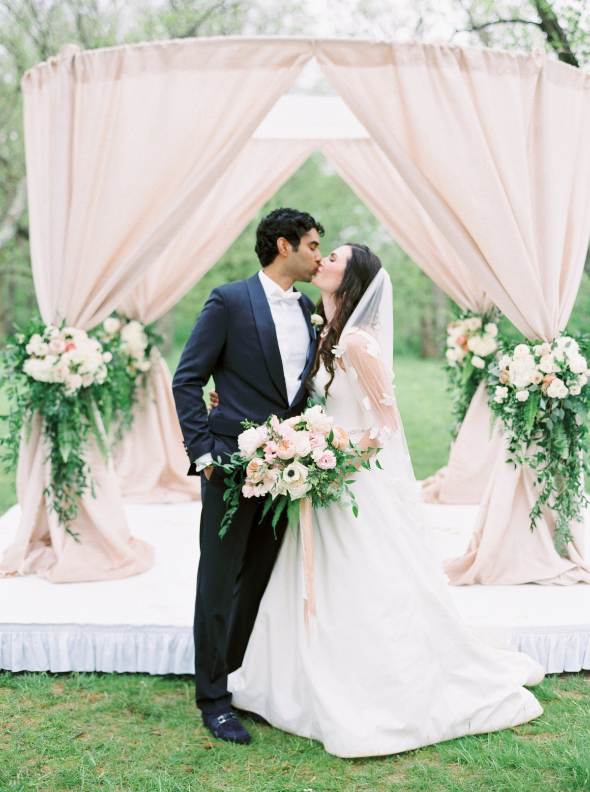 nicoleclareyphotography_hannah+akash_cincinnati_wedding_0013