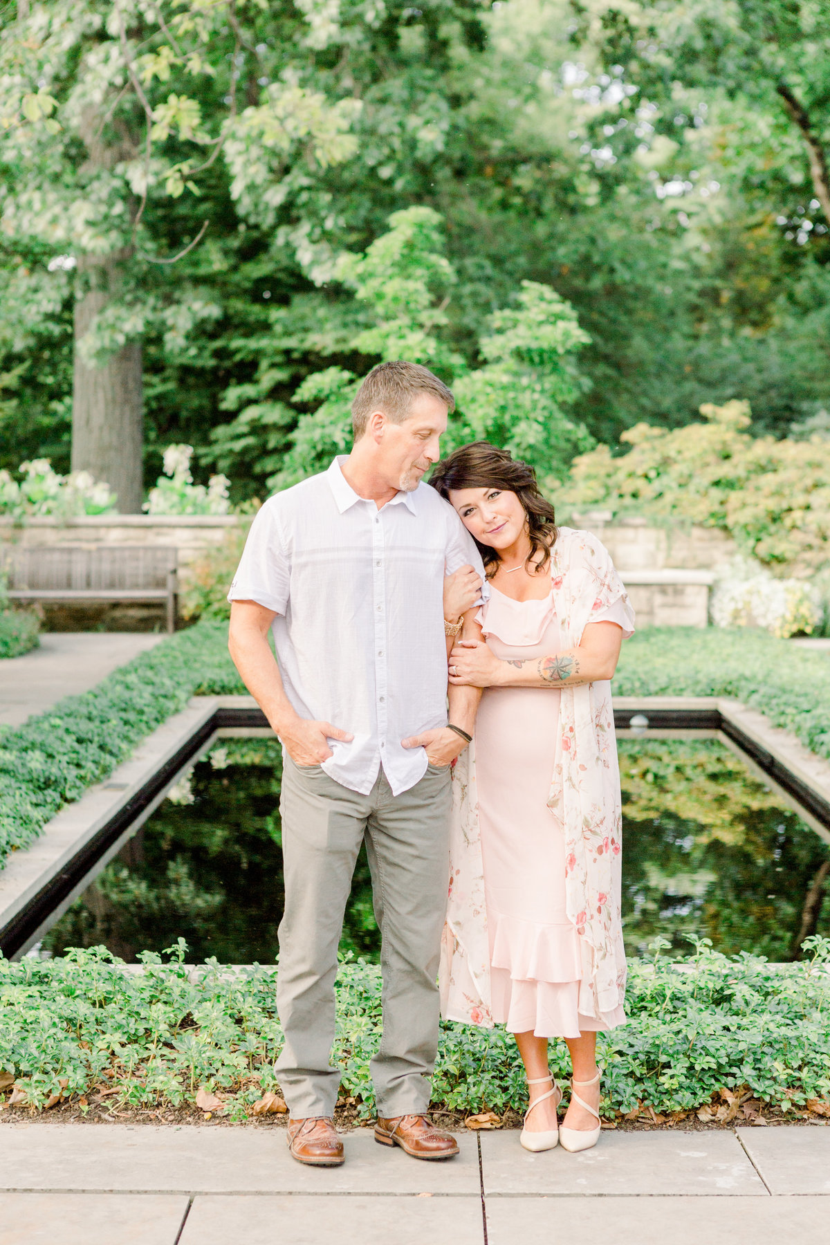 Cleveland-engagement-wedding-photographer-botanical-garden-museum-of-art010