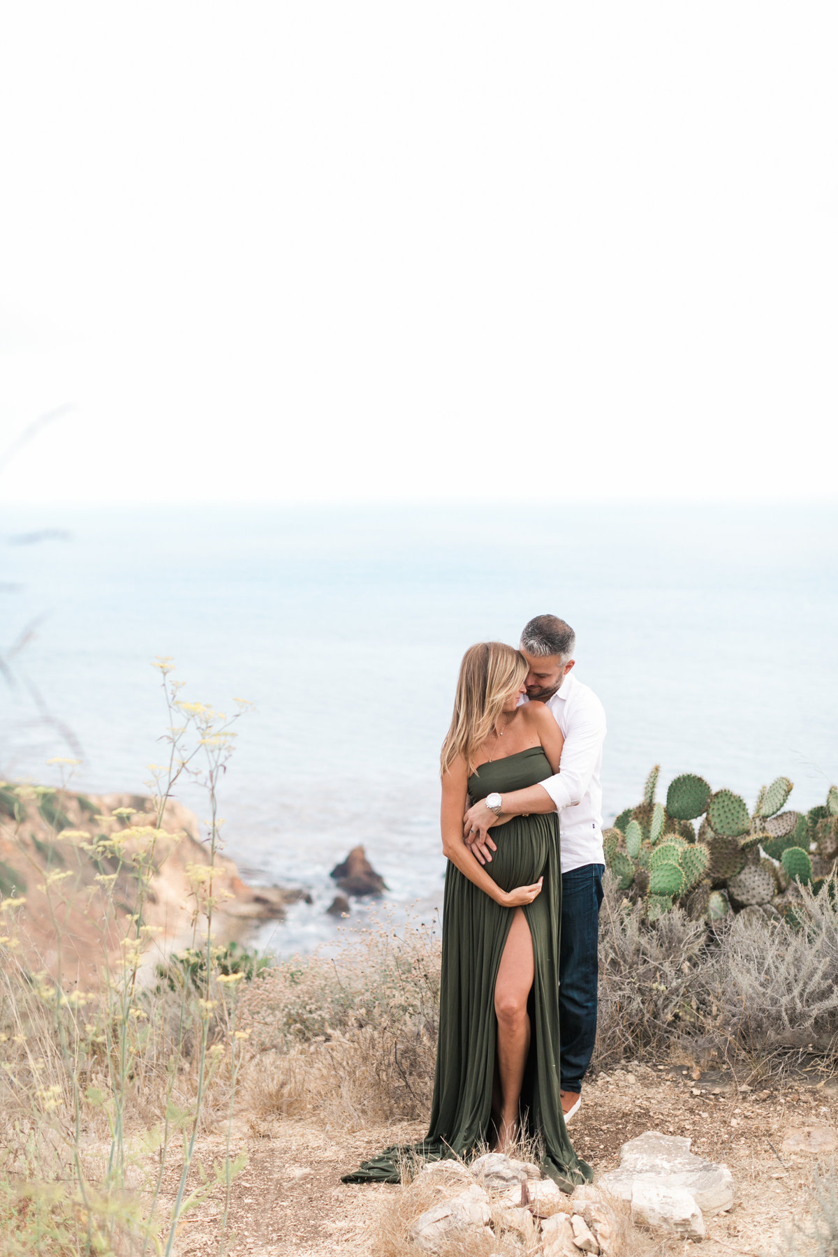 Southern California Coastline Maternity Session_Valorie Darling Photography-6256