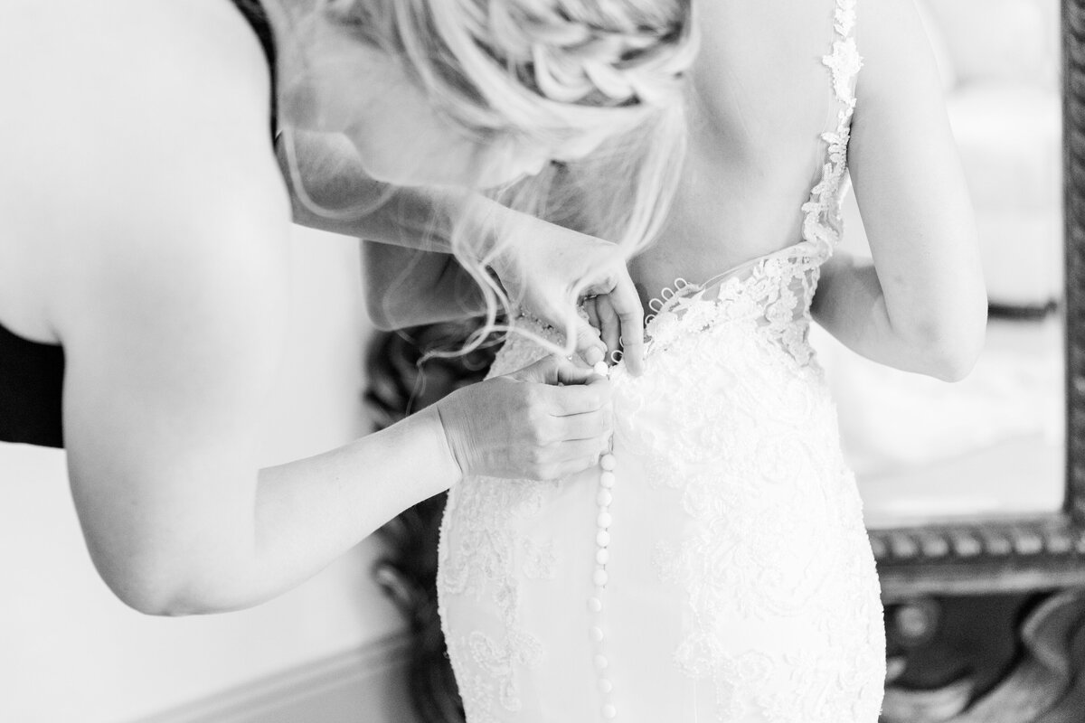 Bride-Getting-Ready-D'Vine-Grace-Vineyard-2