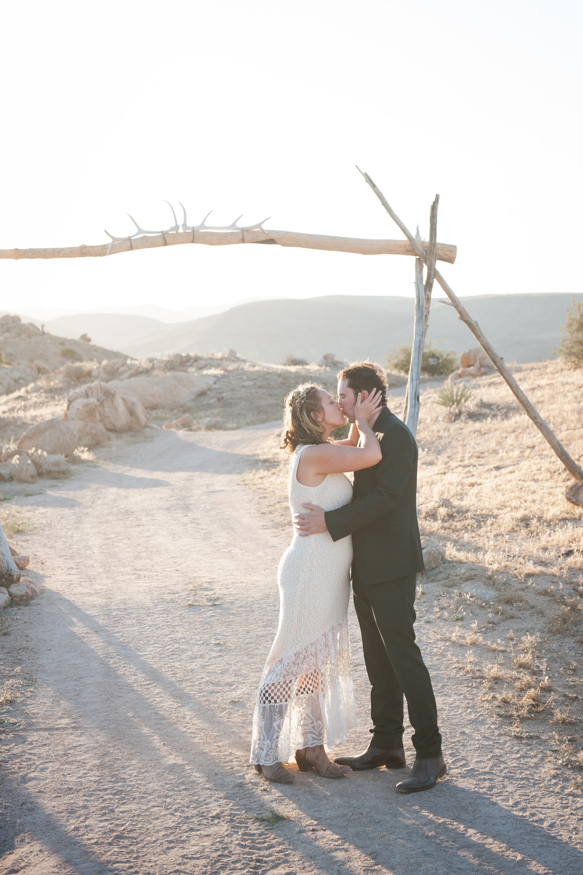Destination Wedding Photography Joshua Tree Wedding Photography Le Haut Desert Aerie078
