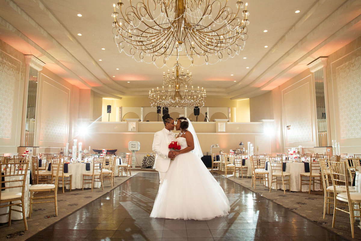 RegalBallroomWedding_CarrieandMel_SarahRachel Photography_0480