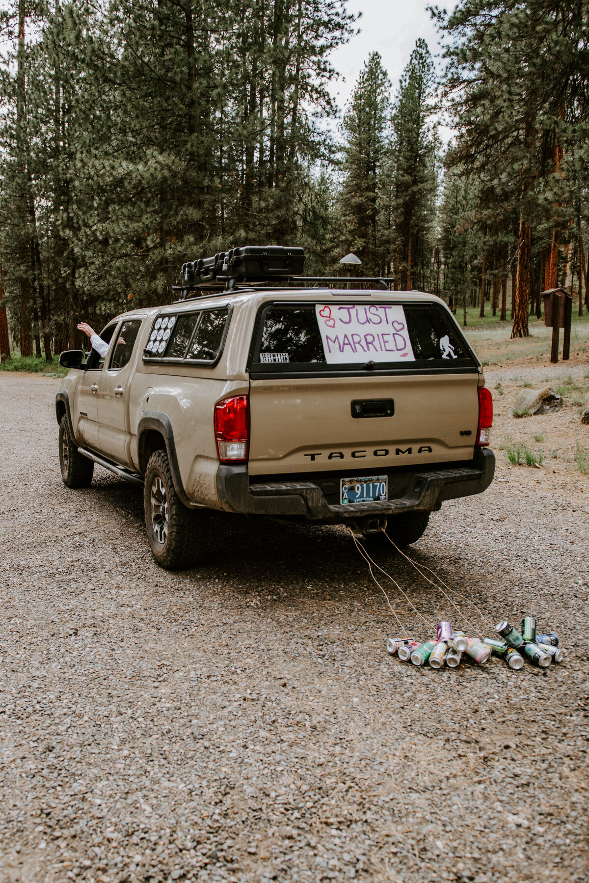 ochoco-forest-central-oregon-elopement-pnw-woods-wedding-covid-bend-photographer-inspiration3037 2