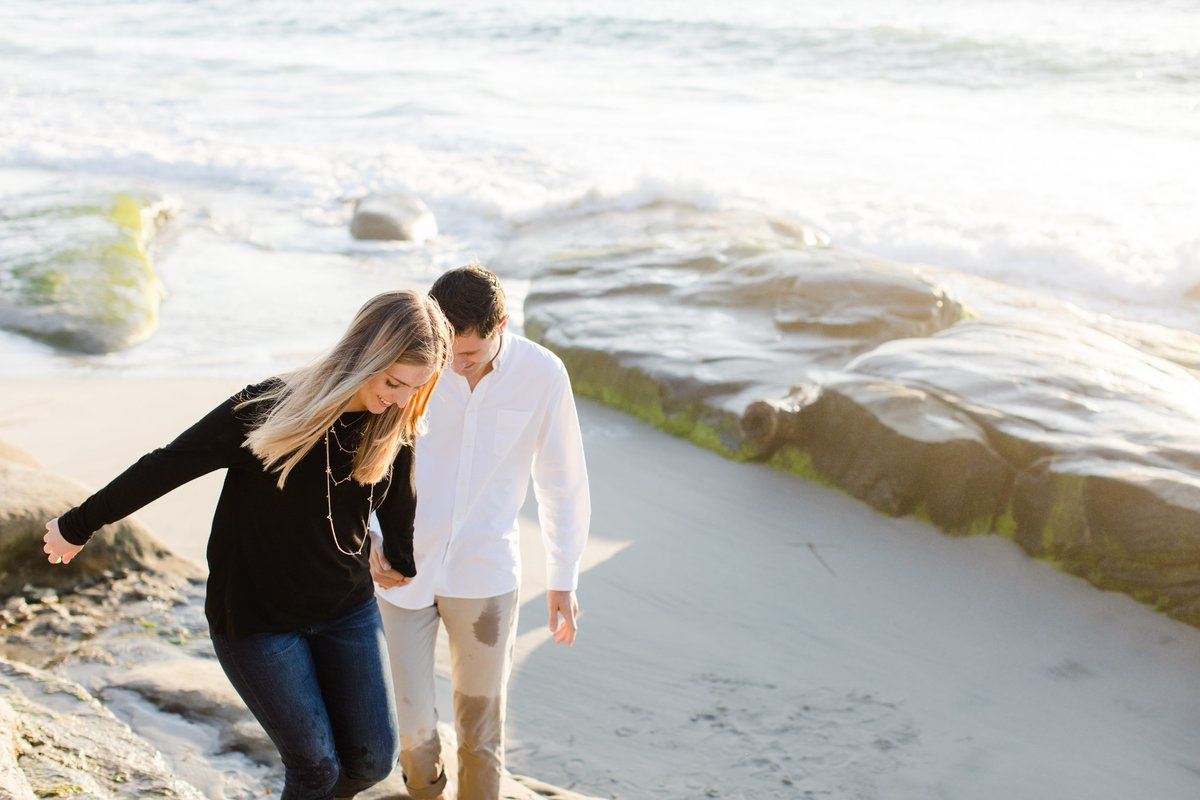 Katherine_beth_photography_San_diego_wedding_photographer_san_diego_wedding_san_diego_engagement_windandsea_engagement_007-min