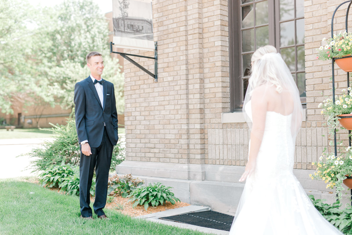 la poste perry iowa wedding photographer danielle+daniel-4719