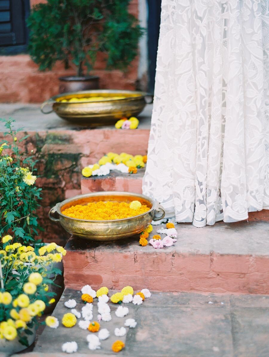 Modern Indian Wedding Yellow Mums Bonnie Sen Photgraphy