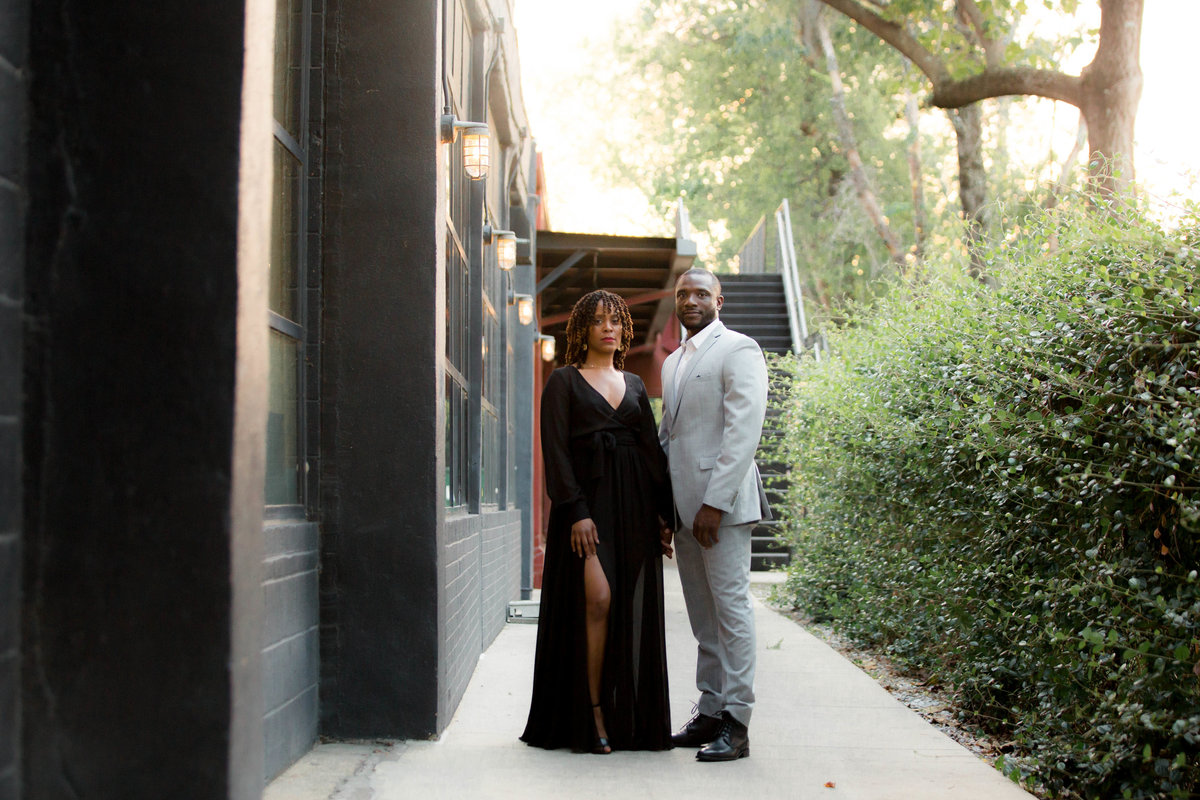 Powerful Black Couples Poses for Engagement Photo