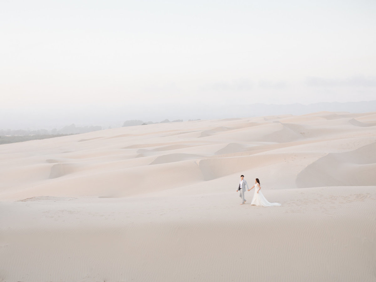 sand-dunes-engagement-session-33