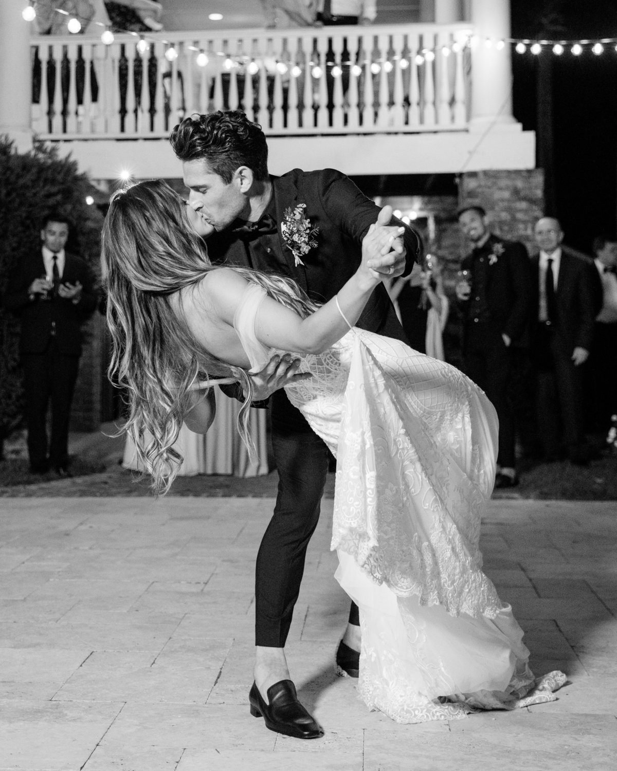 The best first dance dip at wedding ever.