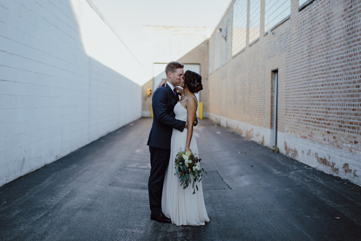 REVOLUTION-BREWERY-WEDDING-PHOTOGRAPHY-BY-MEGAN-SAUL-PHOTOGRAPHY-HIGHLIGHTS(168of307)