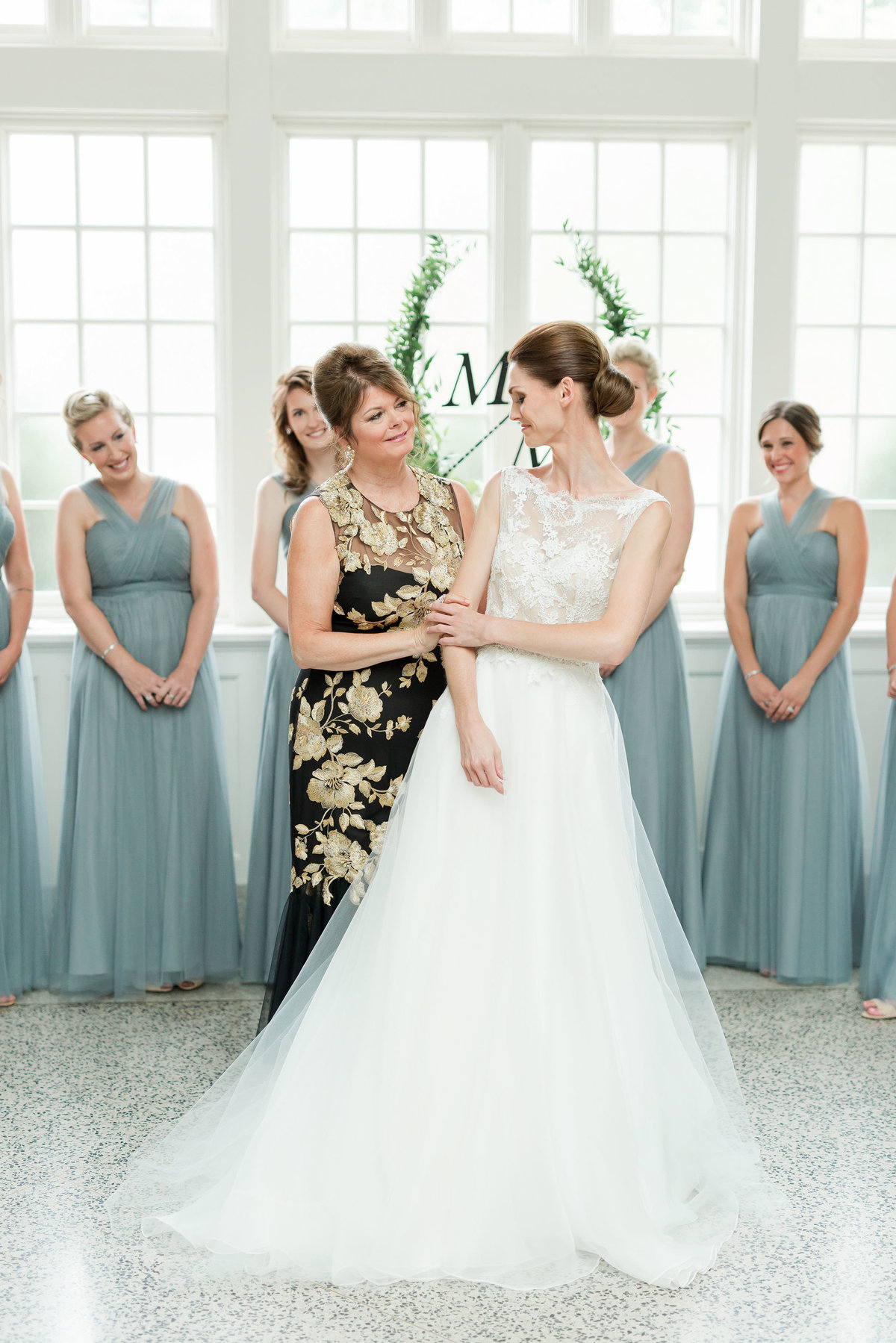 Maison Meredith Photography Wisconsin Wedding Photographer Real Wedding One 010
