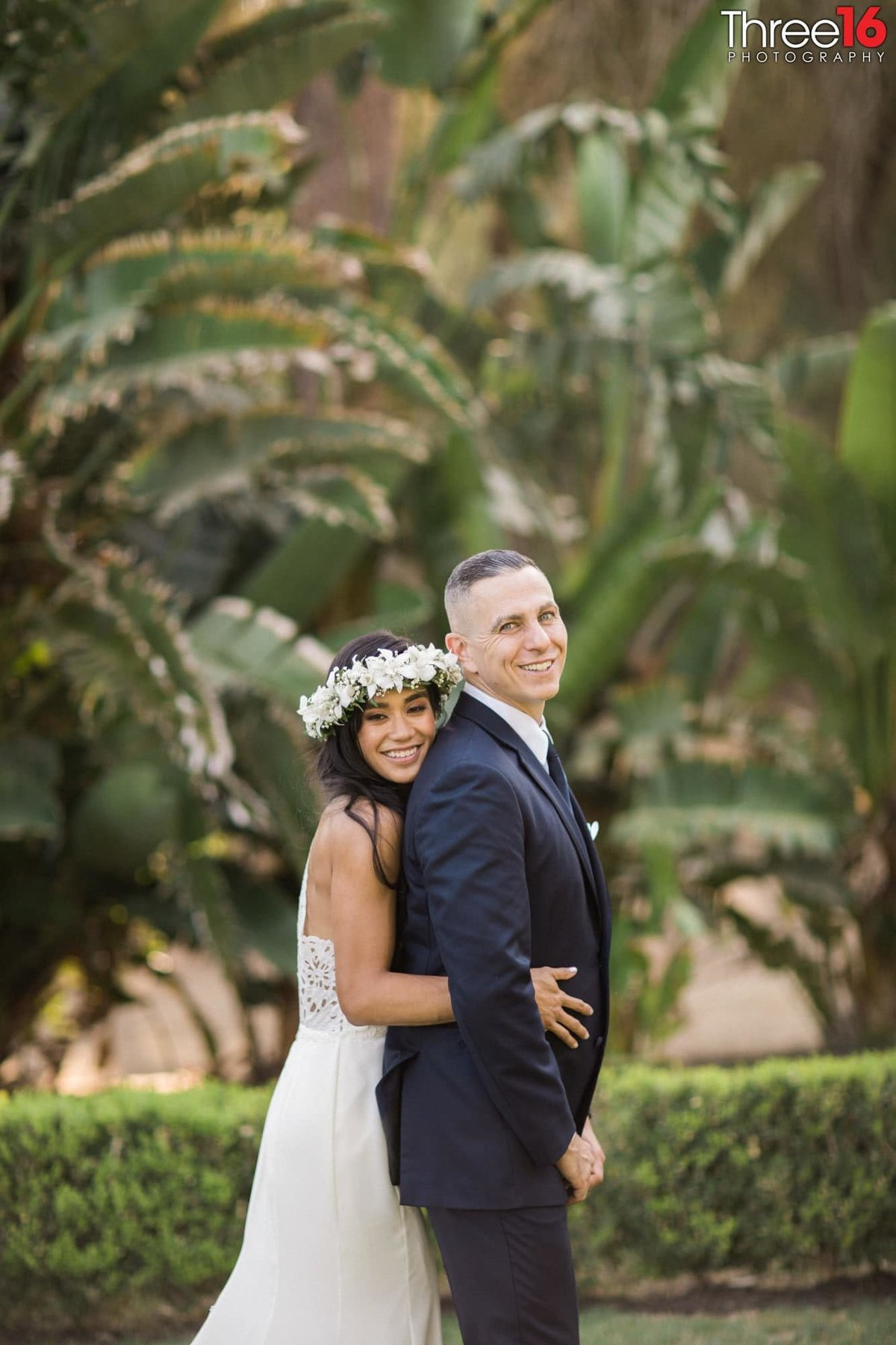 Newhall Mansion Piru California Los Angeles  Wedding Venue Photographs Bride and Groom Portraits
