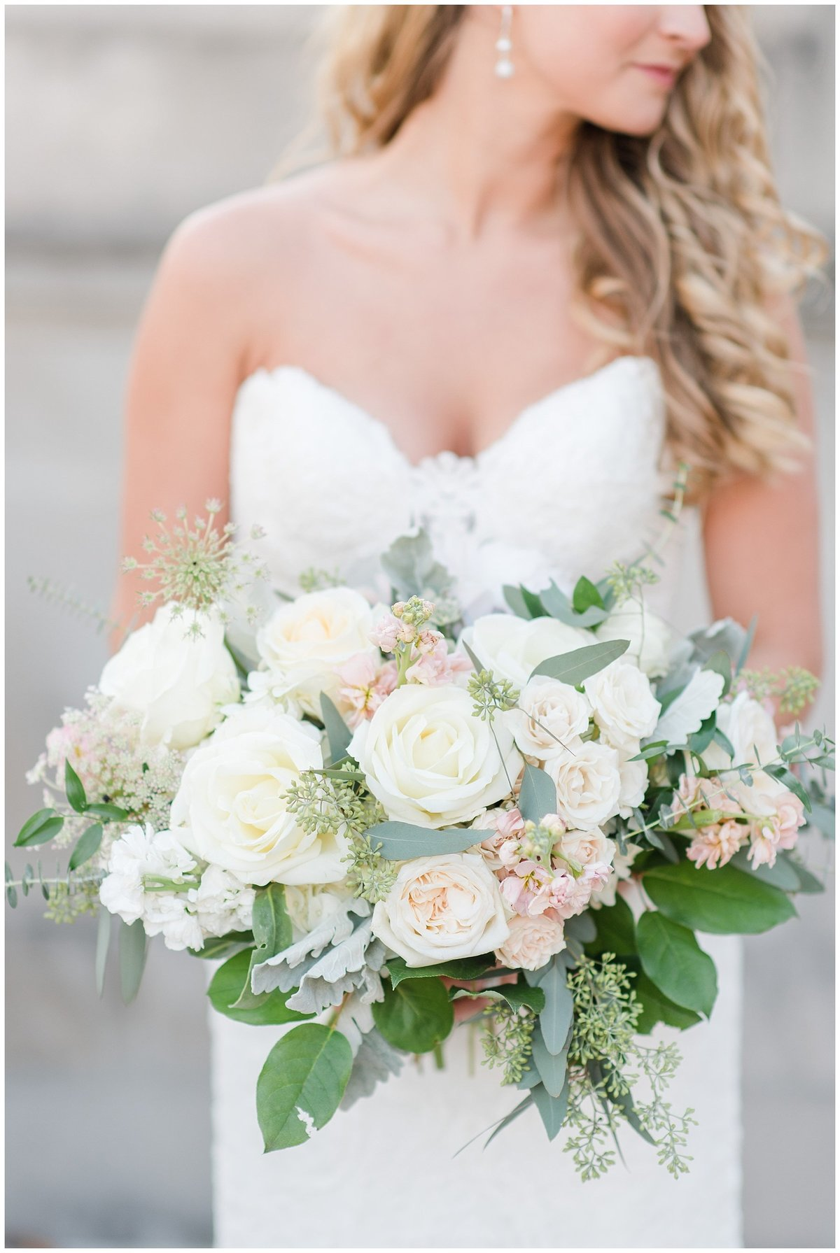 fall-meridian-house-dc-wedding-photos-84_photos
