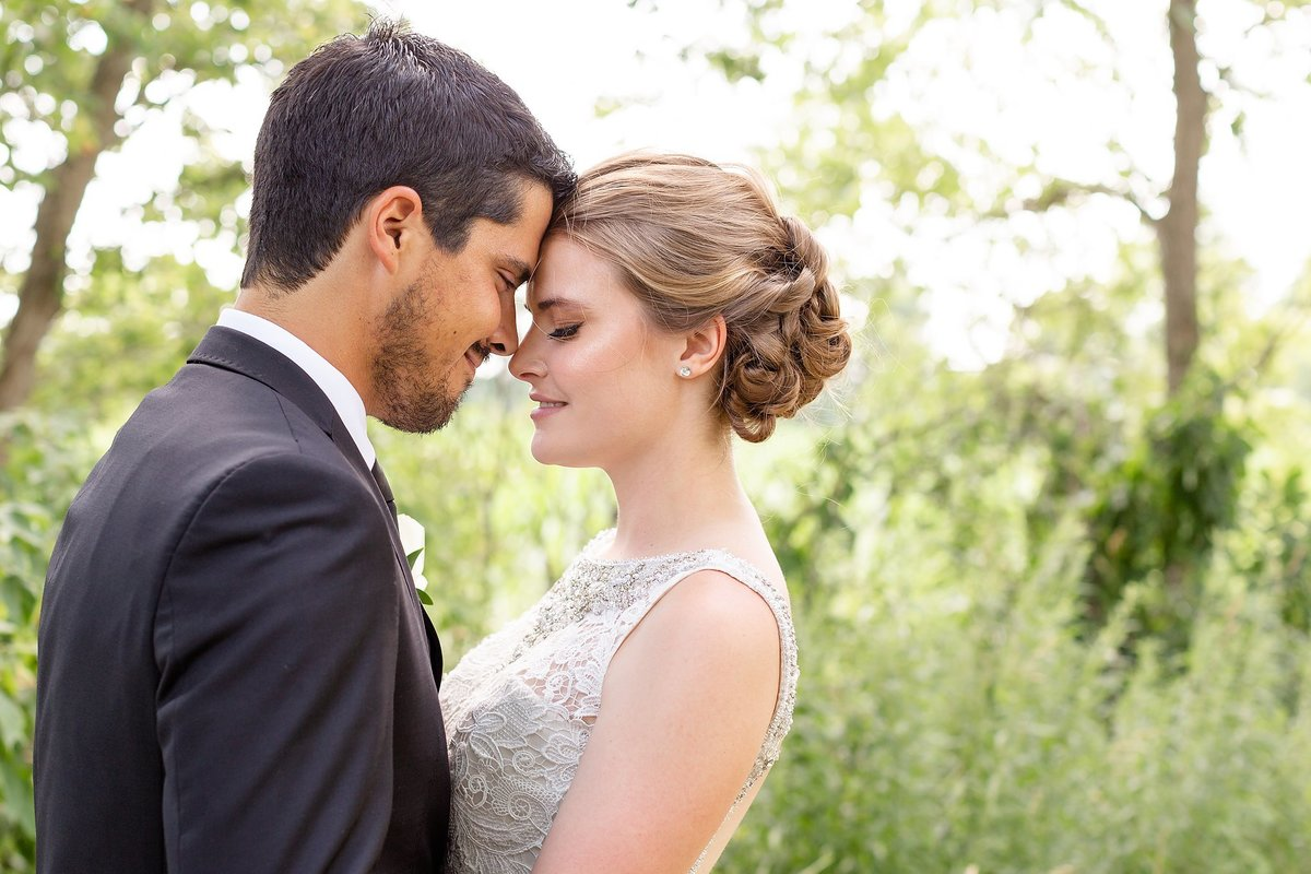 Southwestern Ontario Summer Farm Wedding | Dylan and Sandra Photography 111