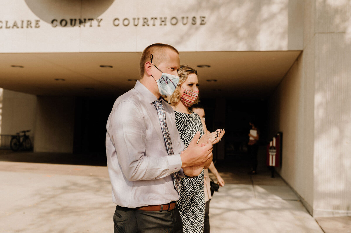 wi-courthouse-elopement148