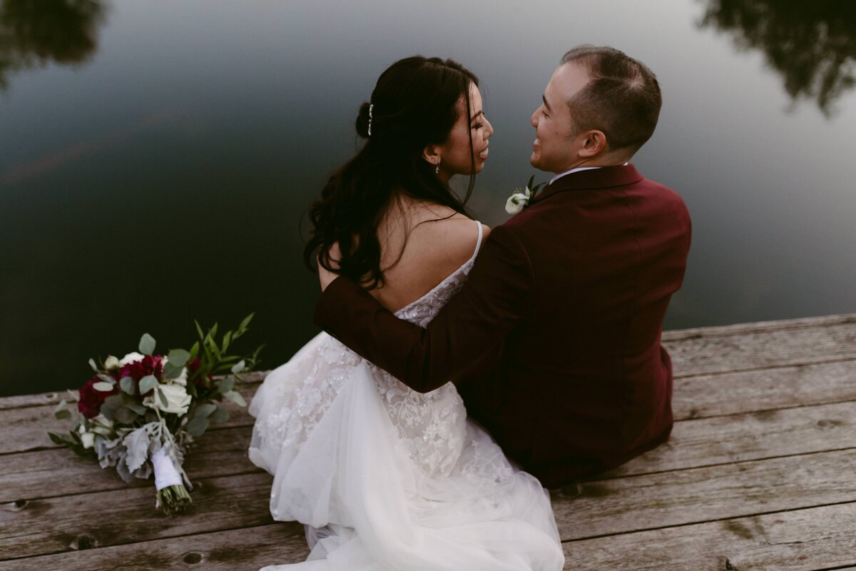 Candid Ontario Wedding Photographer