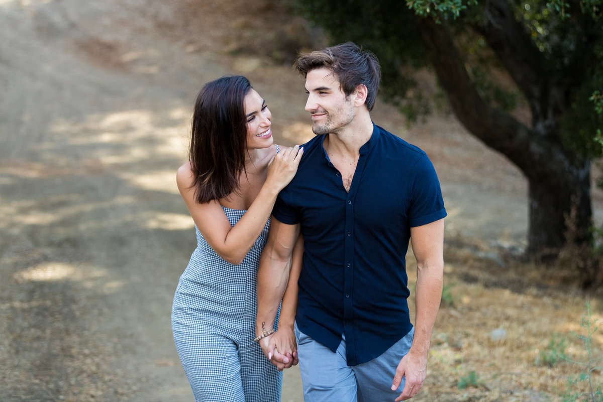 Ashley & Jared from the Bachelor had a beautiful engagement session in Malibu california
