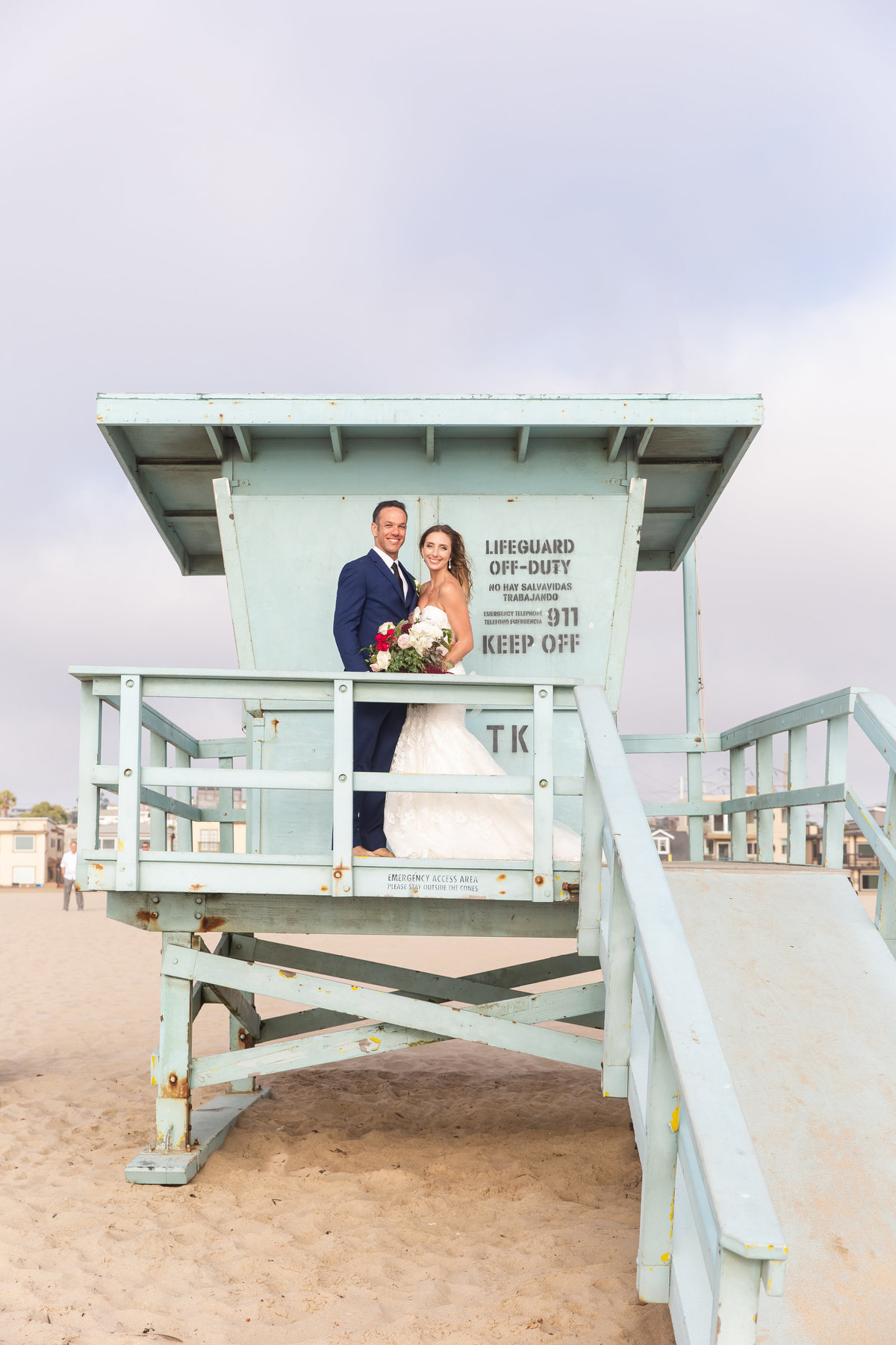 redondo-beach-hotel-wedding-california-cool-coastal-halley-lutz-wedding-photography