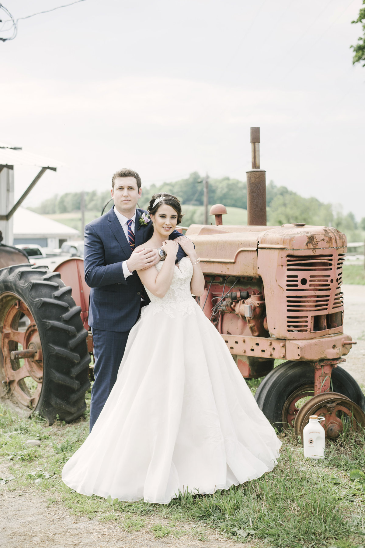 Monica-Relyea-Events-Alicia-King-Photography-Globe-Hill-Ronnybrook-Farm-Hudson-Valley-wedding-shoot-inspiration34
