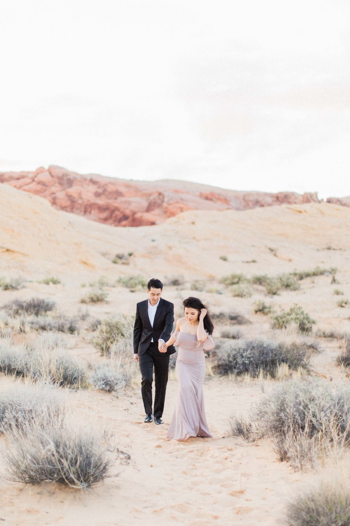 Valley-of-Fire-Las-Vegas-Engagement-Photographer-12-DT