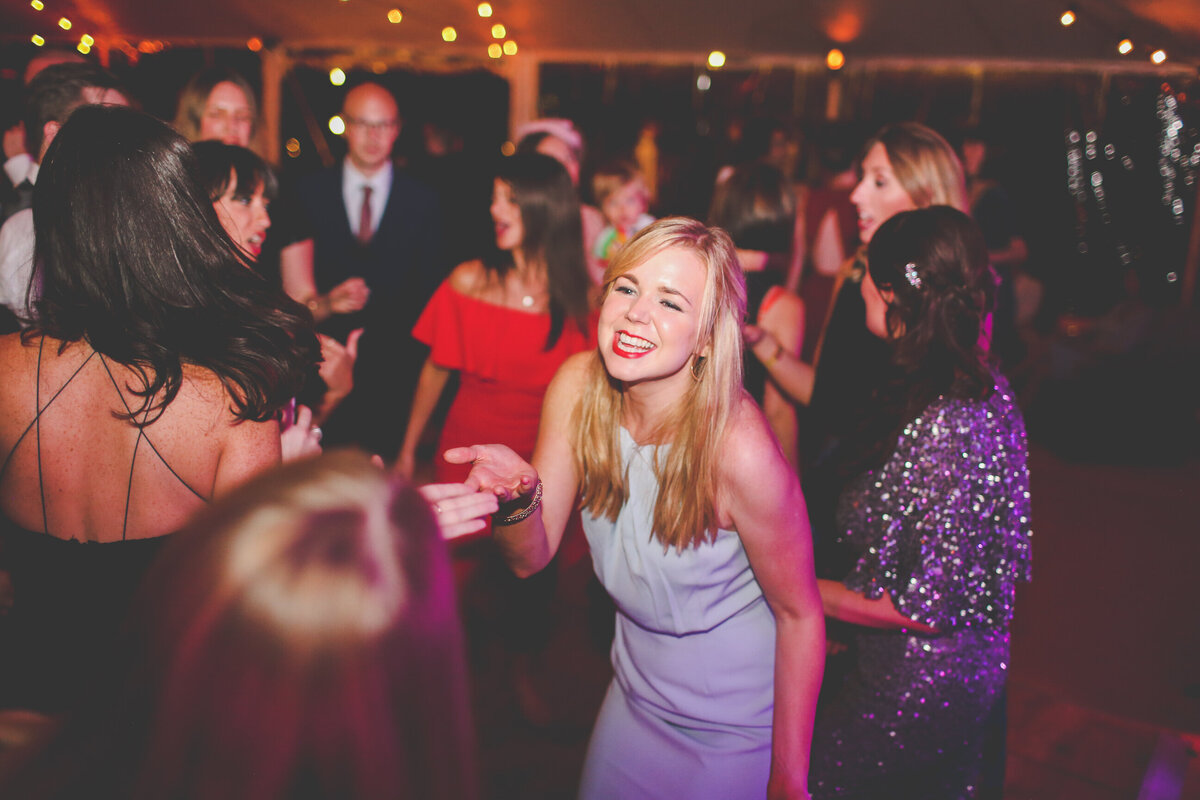 YORKSHIRE-WEDDING-LOTS-OF-LAUGHTER-MARQUEE-AND-CHUCH-0090