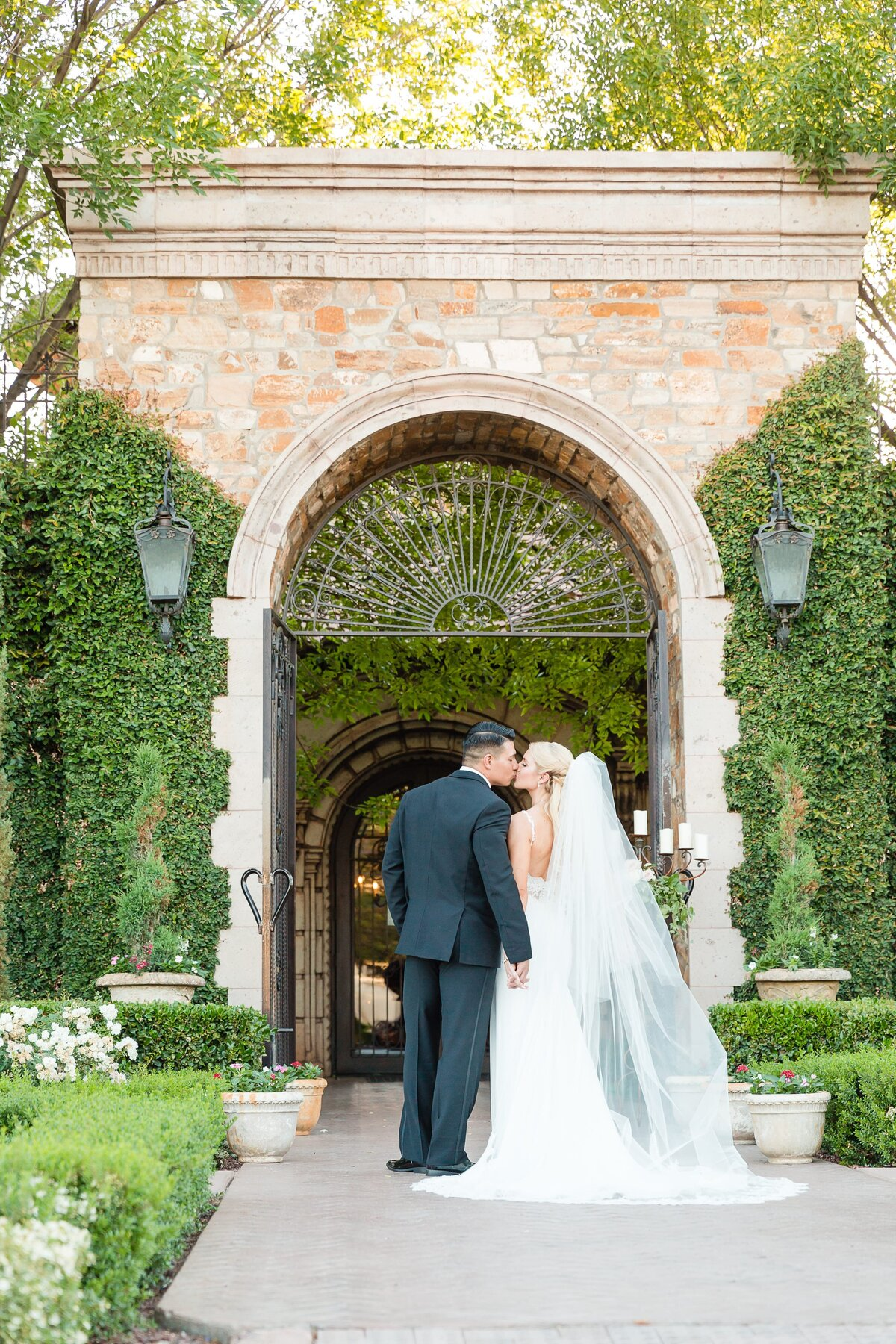 Villa-Siena-Wedding-by-Leslie-Ann-Photography-00041