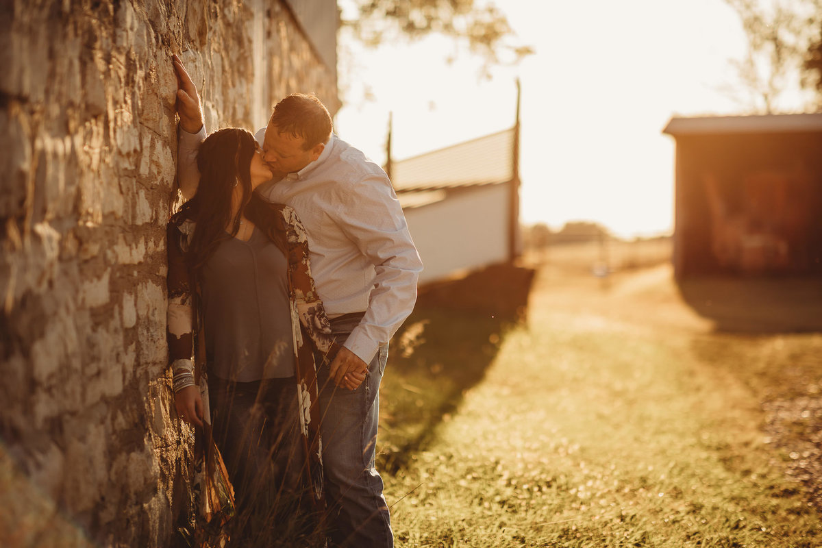 kansas-flint-hill-engagement-photos-native-roaming-8
