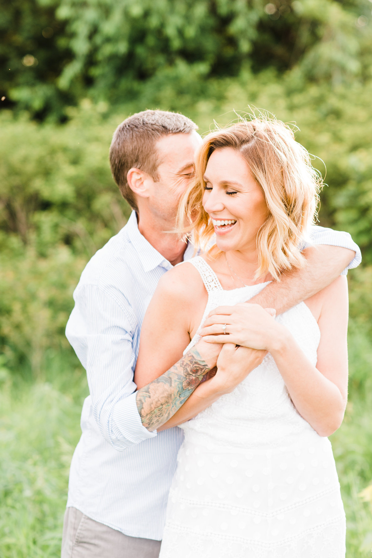 outdoor summer engagement session with iowa wedding photographer mississippi pearl photography
