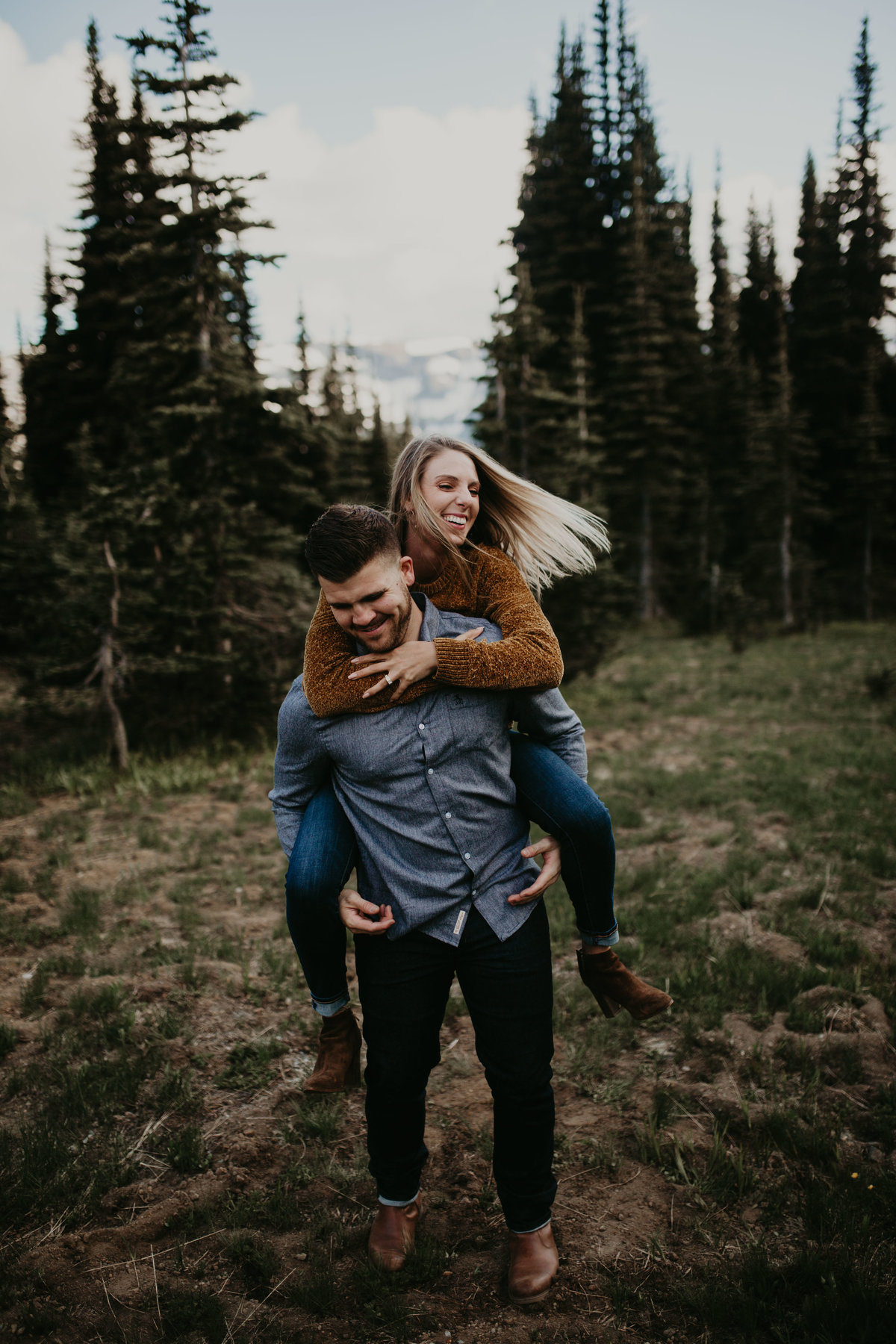 Marnie_Cornell_Photography_Engagement_Mount_Rainier_RK-133