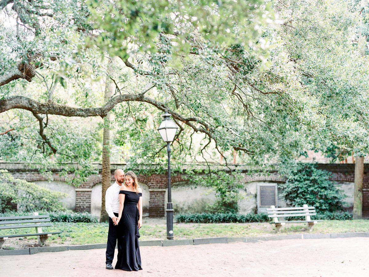 Rainbow-Row-Downtown-Charleston-Engagement-04